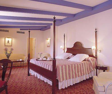 cuarto Hoteles en Andalucia