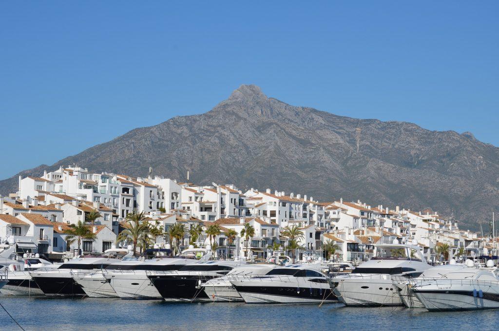 puerto banus 806346 1920 Hoteles en Andalucia